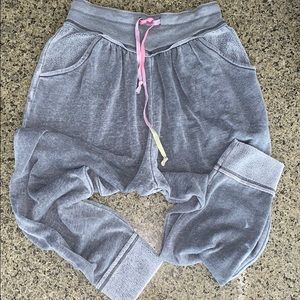 Free People Pants & Jumpsuits - Free People Meadow Brook Harem Pant